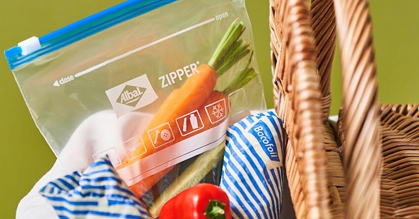 Préparer votre panier de pique-nique avec les sacs Zipper et les emballages alimentaires à la cire d'abeille