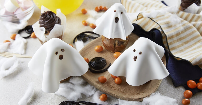 préparation de muffin pour Halloween banane chocolat